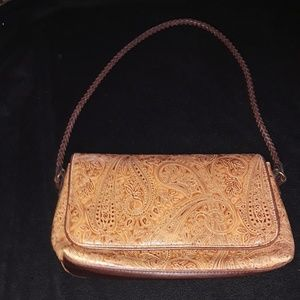 A GORGEOUS!!! VINTAGE RELIC PURSE